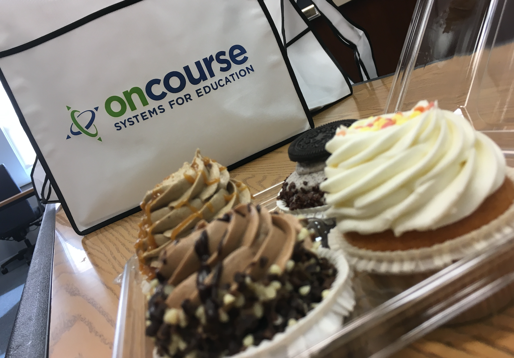 OnCourse EdTech Summit 2016 Cupcakes.png